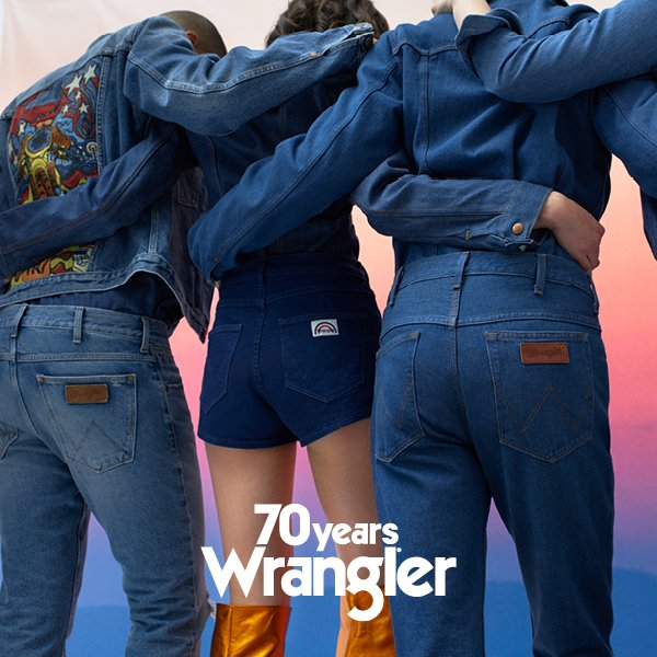 Wrangler obchodzi 70 lat - z okazji swoich okrągłych urodzin marka wypuściła kolekcję inspirowaną latami siedemdziesiątymi.