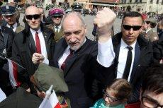 Szef MON Antoni Macierewicz ostrzega przed Rosją.
