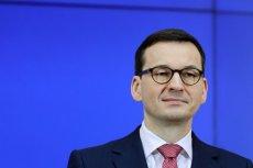 """Premier Morawiecki próbował wytłumaczyć to, co nagrało się w """"Sowie i Przyjaciołach""""."""