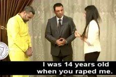 Na nagraniu pokazanym przez iracką telewizję widać, jak ofiara spotyka gwałciciela z ISIS. Na końcu mdleje.