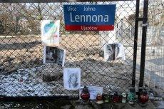 """John Lennon do dekomunizacji? Radny PiS chce usunąć piosenkarza z mapy Warszawy za piosenkę """"Imagine""""."""
