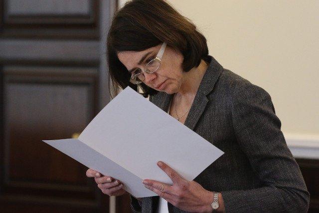 Anna Streżyńska staje po stronie narodowców i domaga się spotkania z przedstawicielami Facebooka.