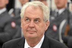 Czeski Senat przegłosował projekt skargi konstytucyjnej przeciwko prezydentowi Miloszowi Zemanowi.