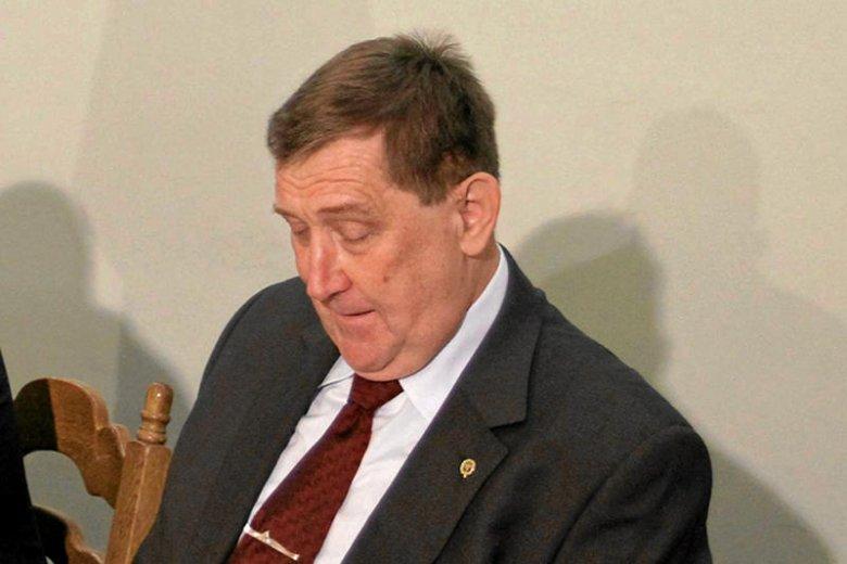 Prof. Rońda przyznaje się do błędu i może być zawieszony na AGH