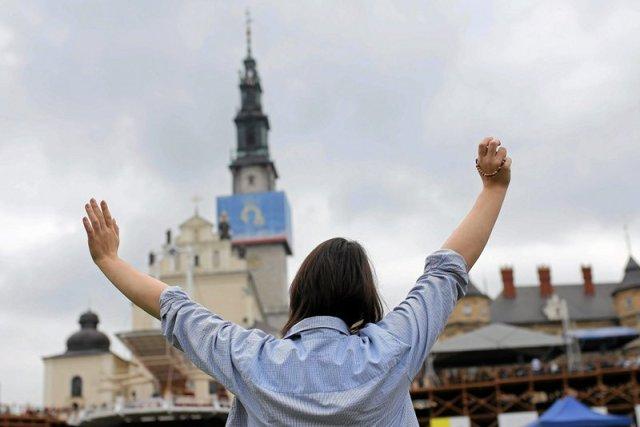Rozpoczęcie sezonu pielgrzymkowego w Częstochowie. Przygotowano już sanitariaty, hotele i dewocjonalia.