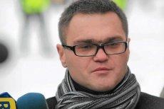 """Według informacji """"Newsweeka"""" to nie Jarosław Kaczyński z prywatnych pieniędzy, a klub Prawa i Sprawiedliwości płacił mecenasowi Rafałowi Rogalskiemu."""