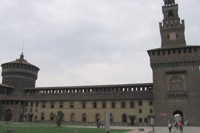 Malowidło Leonarda da Vinci odkryto na ścianie zamku Sforzów w Mediolanie.