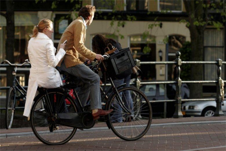 Ładna pogoda sprzyja rowerowym wycieczkom pod warunkiem, że mamy rower. A jeśli przyjdzie nam do głowy pomysł, że moglibyśmy kupić swoje dwa kółka przez internet, to może pojawić się problem...