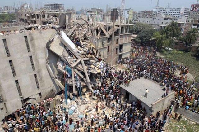 Pod gruzami Rana Plaza zginęło w kwietniu ponad tysiąc pracowników.