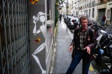 Vincent zna historię każdego rysunku w 20 dzielnicy.