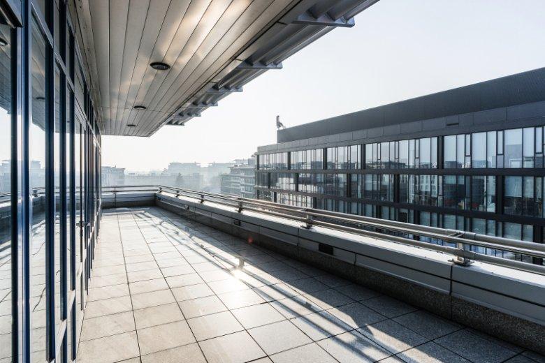 Taras widokowy Adgar Bitu, 7-piętrowego budynku usytuowanego przy ul. Konstruktorskiej