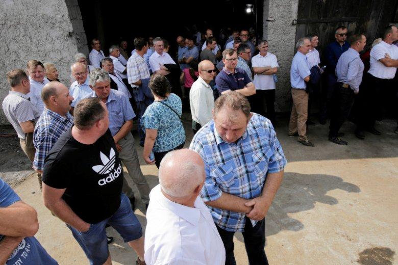 W środę premier Mariusz Morawiecki i minister Jan Krzysztof Ardanowski spotkali się z rolnikami z Głogowa.