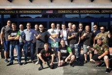 """Członkowie ONR pojechali do Włoch - jak twierdzą - chronić kobiety przed gwałcicielami. Mieszkańcy Rimini mają dość takich """"obrońców""""."""