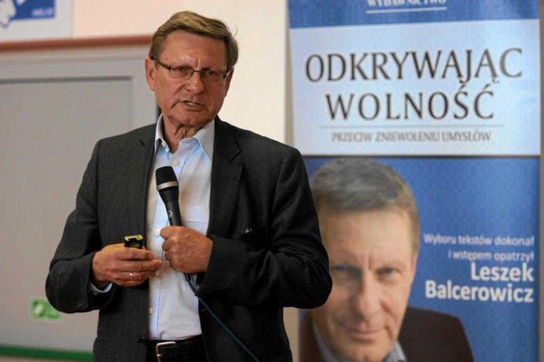 """""""Nieuczciowścią intelektualną"""" nazywa prof. Leszek Balcerowicz argumenty Jacka Rostowskiego przeciwko OFE."""