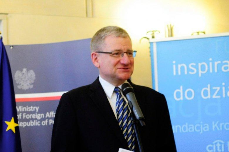 Bogusław Winid na konferencji w MSZ, zdjęcie z 2014 r. Winid był wówczas wiceministrem w rządzie Donalda Tuska.
