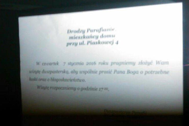 Zdjęcie prawdziwego ogłoszenia o kolędzie, które zamieściła warszawska parafia.