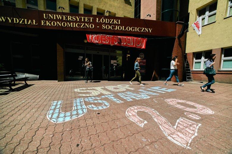 Na Uniwersytecie Łódzkim rozpoczął się protest przeciwko reformie Jarosława Gowina.
