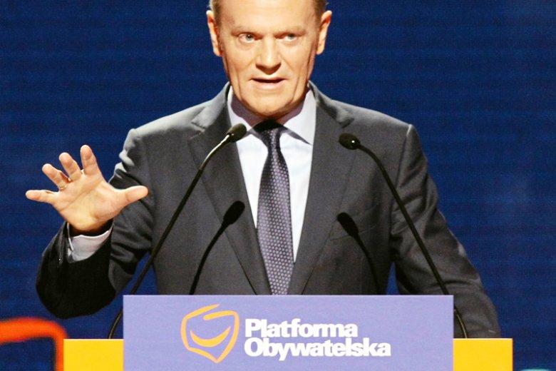 Przewodniczący Rady Europejskiej i były premier Polski Donald Tusk krytykuje wiec poparcia, który chciano dla niego zorganizować w 7. rocznicę katastrofy smoleńskiej.