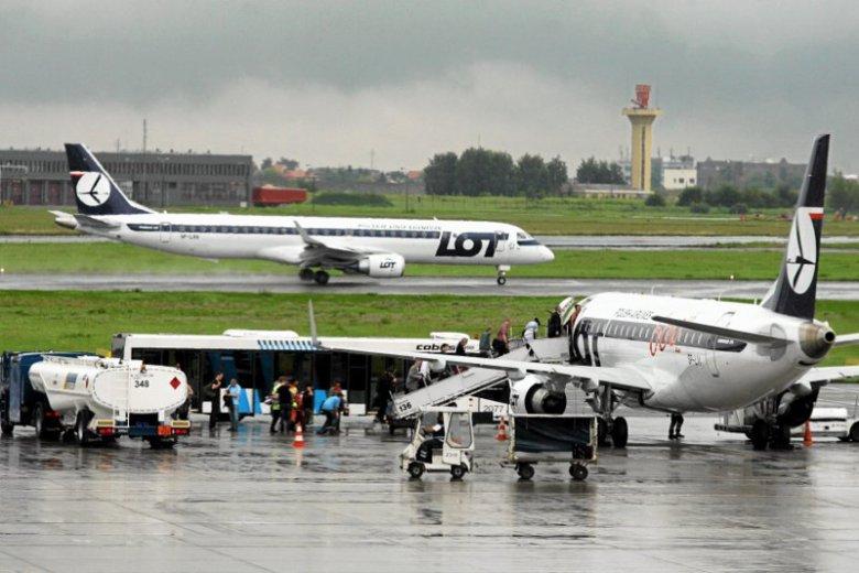 Po każdym zgonie, który nastąpił w trakcie podróży lotniczej wdrażane są odpowiednie procedury sanitarne