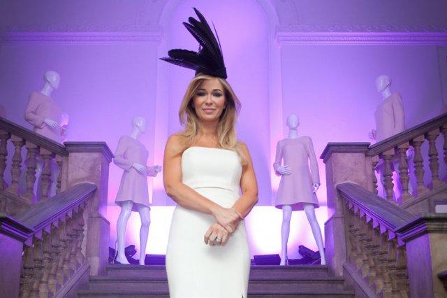 Jednym ze znaków rozpoznawczych Joanny Przetakiewicz są wystrzałowe kapelusze