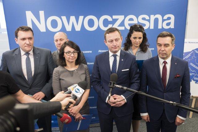 Konferencja władz Regionów Warszawskiego i Mazowieckiego Nowoczesnej o zmianach w ustroju miasta Warszawy.
