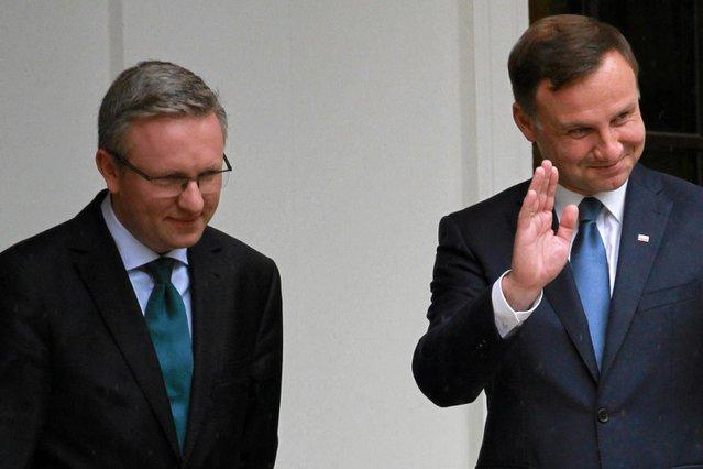 Nowy prezydent z pierwszą wizytą ma udać się do Berlina i Paryża