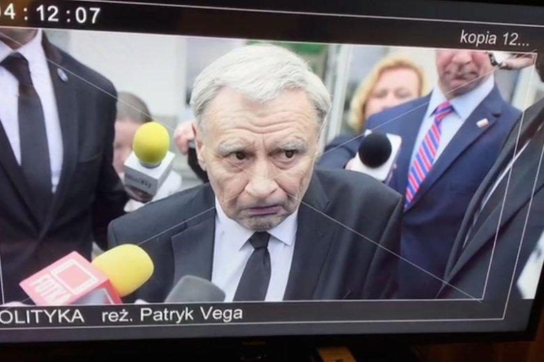 """Jarosław Kaczyński w filmie """"Polityka"""" Patryka Vegi. W roli prezesa PiS Andrzej Grabowski."""