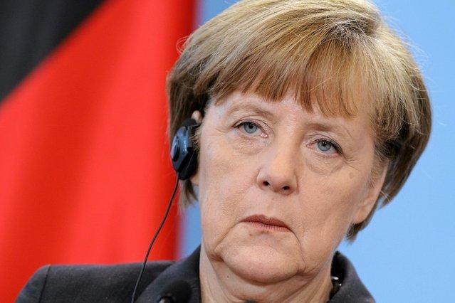 Kanclerz Niemiec Angela Merkel zapowiada ułatwienia w deportacji uchodźców takich, jak ci, którzy atakowali kobiety w Kolonii.