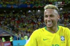 Szczęśliwy Neymar tuż po końcowym gwizdku. Brazylia - Serbia 2:0