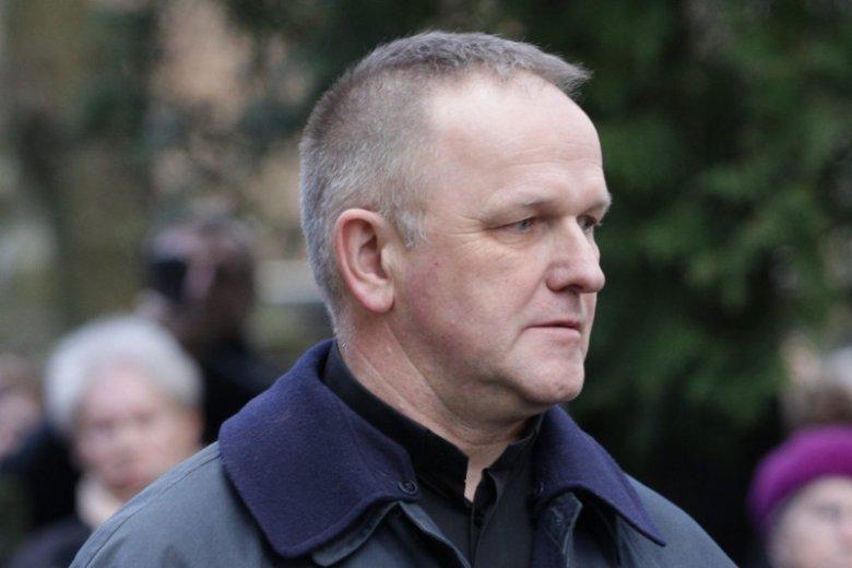 Ks. Wojciech Lemański musiałsięrozstać z koloratką.