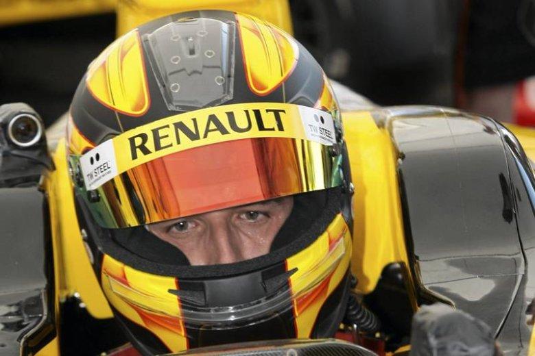 Robert Kubica podczas Renault F1 Team Show na torze samochodowym w Poznaniu