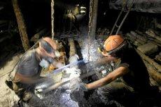 JSW tnie wydatki. Zarobki dyrektorów zmaleją o 10 proc. Deputaty węglowe zapłaci ZUS?