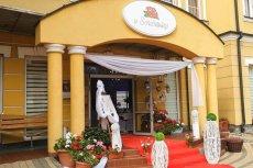 Hotelowa restauracja w Jaśle, to jedyne takie miejsce w Polsce, które otworzyło się dla gości.