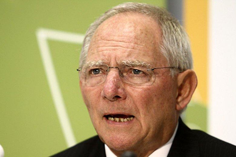 Niemiecki minister finansów Wolfgang Schäuble proponuje, by UE miała prawo do wetowania budżetów krajowych w państwach członkowskich.
