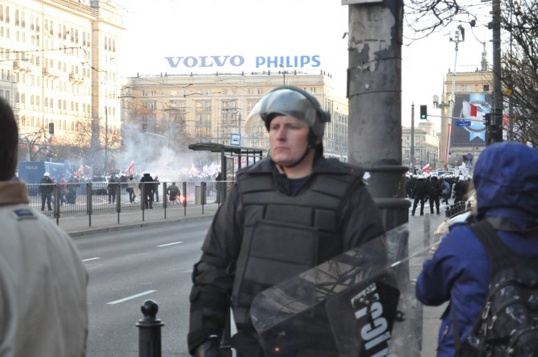 Zamieszki na placu Konstytucji 11 listopada 2011