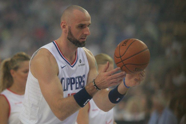 Marcin Gortat nie jest już zawodnikiem Los Angeles Clippers, podały nieoficjalnie amerykańskie media.