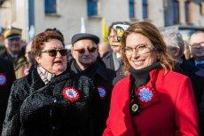Małgorzata Kidawa-Błońska w Pucku spotkała się m.in. z osobami, które demonstrowały przeciwko Andrzejowi Dudzie.