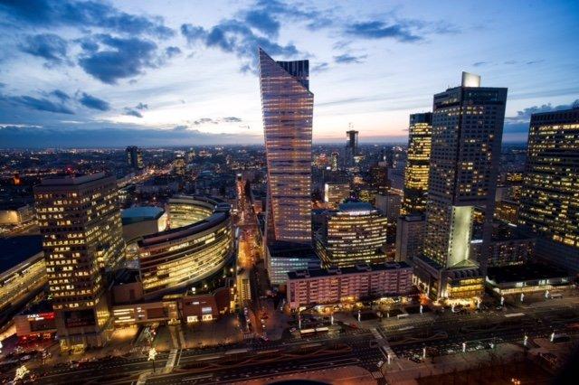 Złota 44 jest obecnym liderem w sprzedaży luksusowych apartamentów w Warszawie