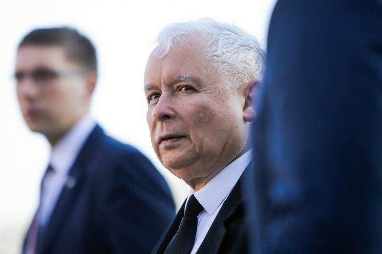 Jarosław Kaczyński zgodnie z taśmami ma pełnię władzy w Srebrnej.