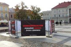 Skandaliczna wystawa Fundacji Życie i Rodzina.