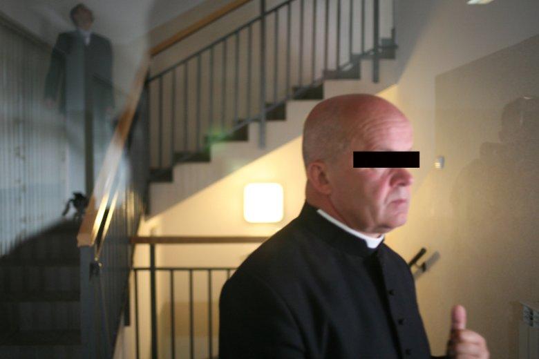 Ks. Stanisław K., były proboszcz parafii w miejscowości Hłudno na Podkarpaciu. Sąd w Brzozowie (w trzecim już procesie w tej sprawie) uznał, że jest on winny znęcania się nad 13-latkiem, co doprowadziło do samobójczej śmierci chłopca.