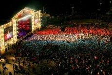 Uczestnicy festiwalu Przystanek Woodstock oddali hołd Francji w wyjątkowy i wzruszający sposób.