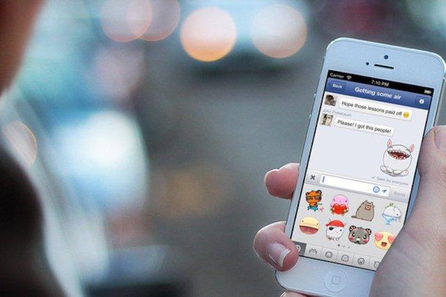 Część użytkowników Facebooka może już składać gratulacje w specjalny sposób. Wystarczy wpisać jedno słowo.