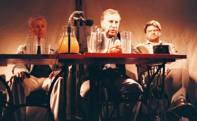 Abel Korzeniowski (po lewej) i Jerzy Stuhr podczas Lata Filmowego w Kazimierzu, 2000 r.