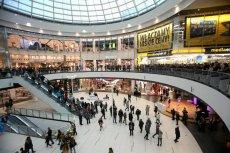 W galerii handlowej Galaxy w Szczecinie zaatakował nożownik.