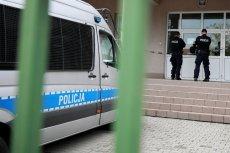 W szkole podstawowej nr 195 w Wawrze im. Króla Maciusia atak nożem ucznia zakończył się tragicznie.