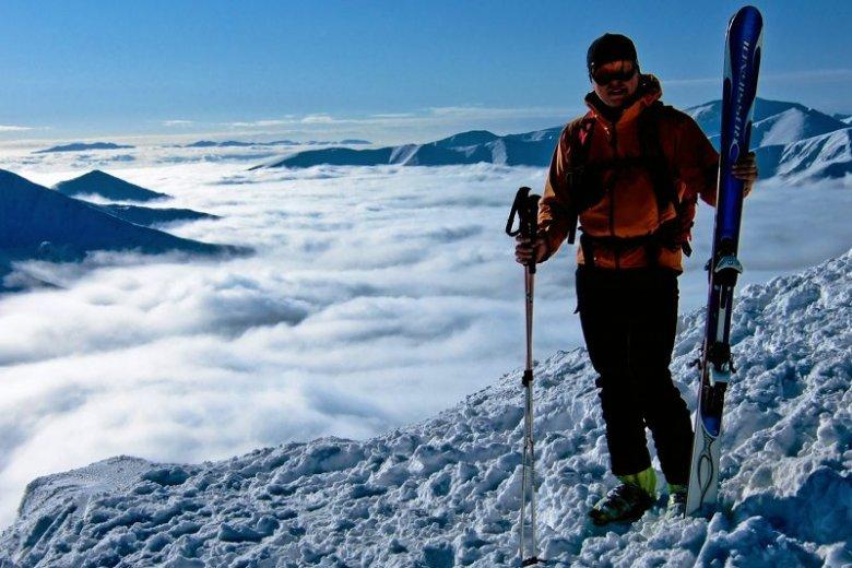 Najlepsi freeridowcy zjeżdżają z gór ryzykując swoje życie