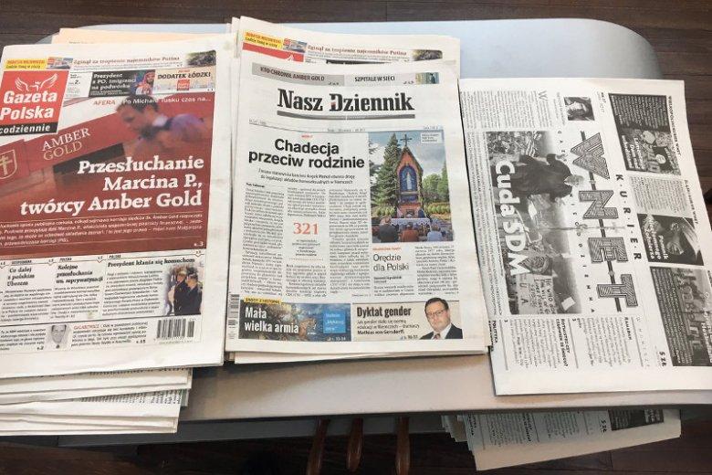 LOT zachęca podróżnych do lektury eksponując wyłącznie prawicowe gazety - twierdzi Marcin Zaborowski.