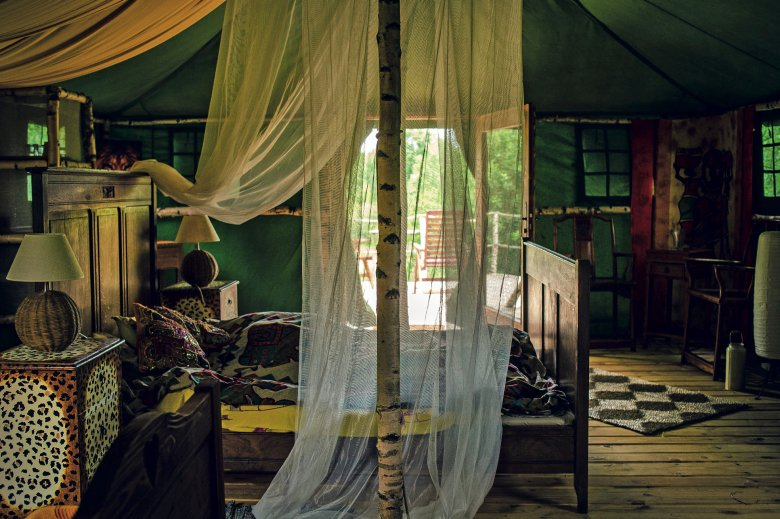 Glendoria, wnętrze jednego z namiotów