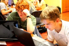 Uniwersytety młodych wynalazców będą działały w 40 polskich miastach.